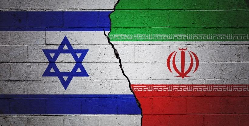 יוני בן מנחם, איראן וישראל
